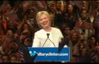 """Clinton: """"We hebben een mijlpaal bereikt"""""""