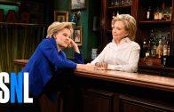 Hillary Clintons verjaardag bij SNL