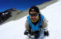 Man zonder ledematen beklimt bergen