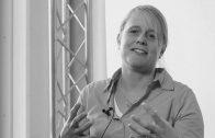 In de spotlight: Expert groener, schoner en slimmer rijden Elske van de Fliert