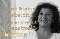 In de spotlight: actrice en cabaretière Funda Müjde