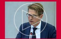 Minister faalt tijdens debat korten op rechtsbijstand